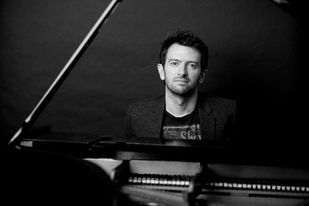 """Live Lounge with Ongar Music Club - """"The Best of Essex"""" - Alisdair Hogarth, Piano"""